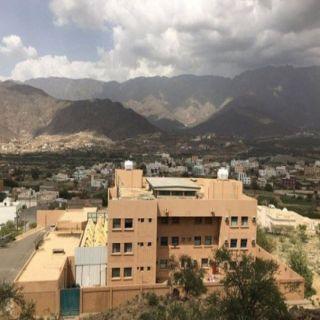 مباني تعليم البنين والبنات في #بارق دون حراسة ..ومُطالبات بالتوظيف