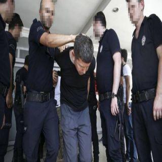 (3) آلاف سجين تركي يضربون عن الطعام