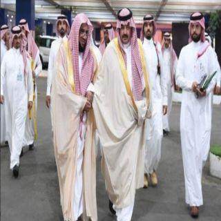 أمير عسير يوجه بعقد لقاء لمسؤولي الجمعيات الخيرية بالمنطقة