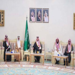 أمير الشمالية يقيم مأدبة إفطار لأصحاب المعالي والقضاة ومديري الإدارات الحكومية