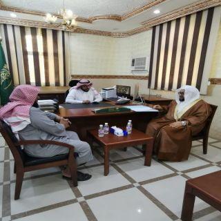رئيس هيئة محافظة الحجرة بالباحة يزور المحافظ