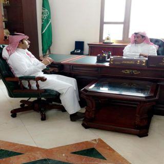 محافظ #خميس_مشيط يستقبل مدير القطاع الصحي والمشرف على مستشفى خميس مشيط العام