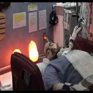 فيديو - للأمير النائم يُحرك رأسه للجهتين بعد 14 عام من الغيبوية