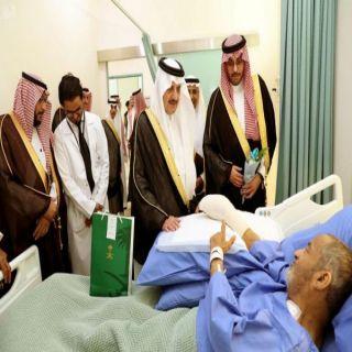 سمو أمير الشرقية يزور المرضى المنومين في مستشفى الملك فهد الجامعي