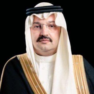 أمير عسير يستقبل المهنئين بالعيد بصالة الاحتفالات الرئيسية بالخالدية