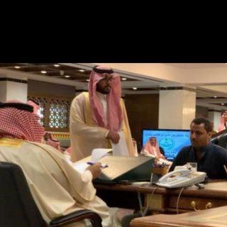 أمير عسير يوجه بلدية #محايل بدفع دية مقيم يمني