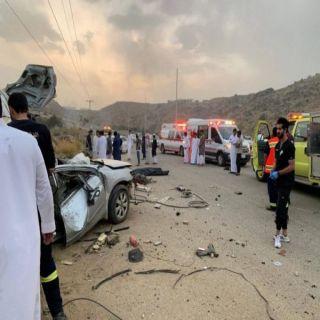 وفاة شابين في حادث انحراف مركبتهما في الباحة