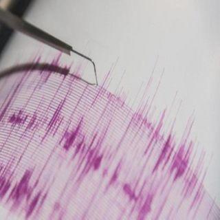 زلزال بقوة 6,9 قبالة سواحل إندونيسيا