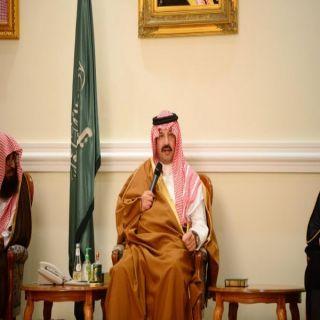 أمير عسير يؤكد تقديم كافة التسهيلات لخدمة الاستثمار في المنطقة