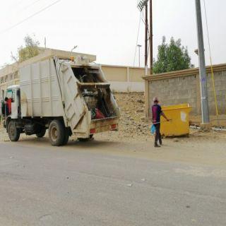 بلدية #بارق تواصل اعمال حملة معالجة #التشوه_البصري في عدد من احياء المُحافظة