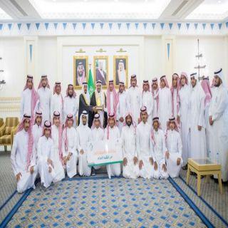 """فيصل بن مشعل يُكرم المنظمين والفائزين بملتقى """"#وطني_أمانة"""" بالقصيم"""