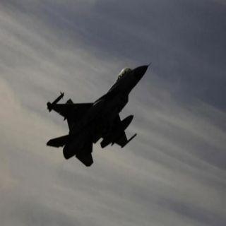 تحليق مُكثف للطيران الإسرائيلي في سماء #بيروت وانباء عن تحطم طائرتين