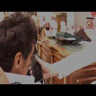فيديو متداول أمير عسير يتفاعل مع مُعاق يُطالب بمسكن ويعد بحضور زواجه