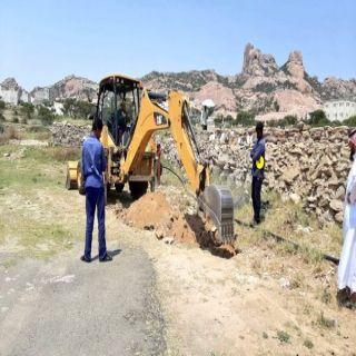 بلدية #تنومة تعمل على إيصال التيار الكهربائي لبعض المواقع بقرية آل معافا
