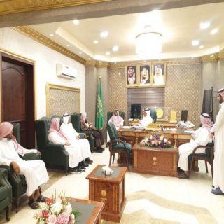 مُدير عام هيئة #الباحة يتفقد هيئة محافظة غامد الزناد