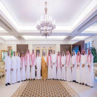 أمير #القصيم يستقبل عدد من منسوبي الإمارة بعد صدور قرار ترقيتهم