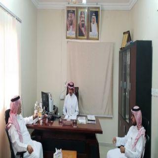 محافظ #المجاردة يزور فرع وزارة البيئة والمياه والزراعة بالمجاردة