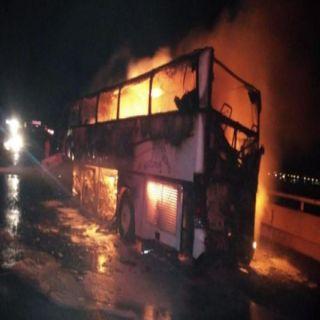 وفاة 35 وإصابة 4 في حادث إصطدام باص بشيول في #المدينة_المنورة