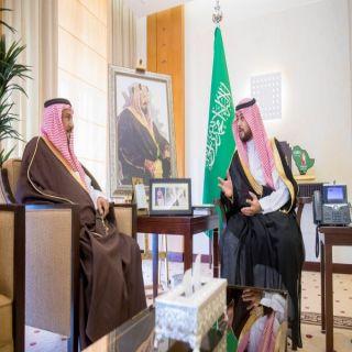 نائب أمير القصيم يستقبل مدير عام الأحوال المدنية بالمنطقة