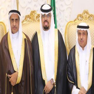 """فيديو - علي الشهري يحتفل بزواجه بقاعة """"بصمات """" في الرياض"""