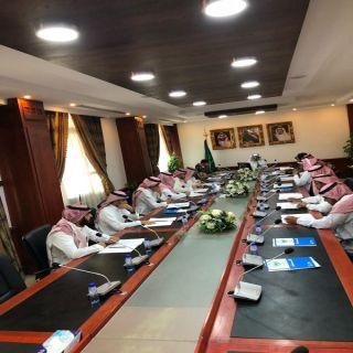 محافظ #الرس يرأس إجتماع اللجنة لفرعية للدفاع المدني في ةلمحافظة