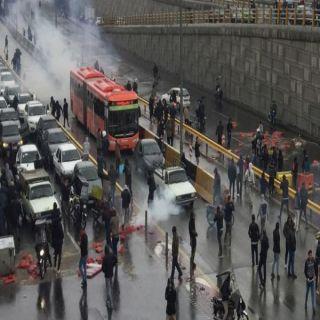 مجلس خُبراء إيراني يصف المتظاهرون بالمخربون ويُطالب بمُحاكمتهم