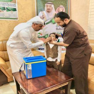 رئيس مركز تهامة بللسمر وبللحمر يدشن حملة التطعيم ضد شلل الأطفال