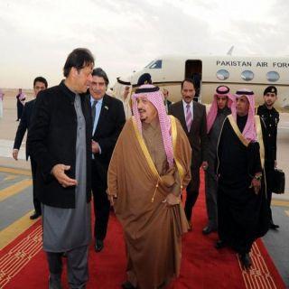رئيس وزراء #باكستان يصل للرياض وفيصل بن بندر في مقدمة مستقبليه