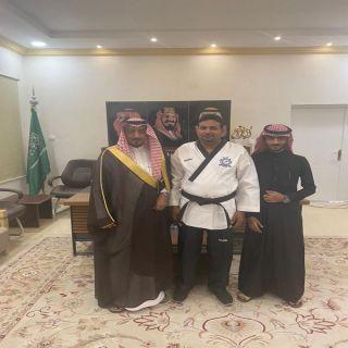 وكيل محافظة بارق يستقبل مندوب الإتحاد السعودي لتايكوندو