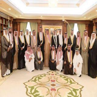 سمو أمير #جازان يستقبل رئيس وأعضاء اللجنة الوطنية التجارية بمجلس الغرف السعودية