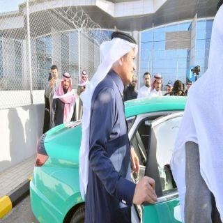 معالي وزير النقل يُدشن هوية أجرة المطار والأجرة العامة