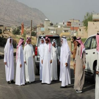 وكيل محافظة #بارق يتفقد مشاريع ثلوث المنظر ويعد الأهالي برفع مُطالباتهم
