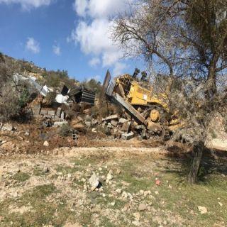 بلدية #بلقرن تستعيد  4250 م2 تعديات على الأراضي الحكومية