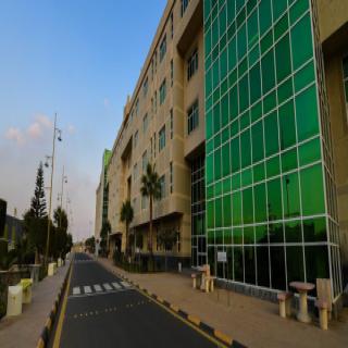 #جامعة_الملك_خالد تُعلن عن حاجتها لتوطين عدد من الوظائف الأكاديمية