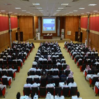 """محاضرة عن """"القوة الناعمة في ظل الإعلام الرقمي"""" بفرع #جامعة_الملك_خالد بتهامة"""