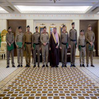 أمير القصيم يكرّم عدد من ضباط وأفراد شرطة #محافظة_الرس