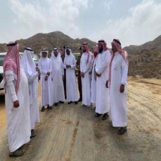 الفلقي يُرافقه رئيس البلدية يتفقدان مركز حميد العلايا في #محايل_عسير