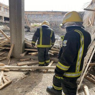إصابة 3 عُمال إثر انهيار مبنى تحت الإنشاء في في بدائع القصيم