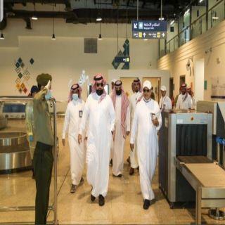 أمير عسير يشهد  فرضية التعامل مع مصابي #كورونا في مطار أبها الدولي