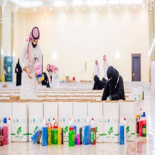 مجلسي شباب وفتيات القصيم يوزعان 3400 سلة غذائية في حملة سمو أميرالقصيم نهر العطاء
