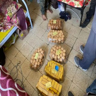 #أمانة_عسير :ضبط أكثر من 159 كجم مواد غذائية فاسدة وتُصادرة 1478 لتر زيوت طبخ