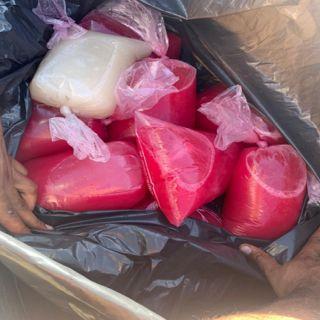 ضبط باعة متجولين في النماص ومُصادرة 45 كج مواد غذائية سيئة التخزين