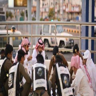#محافظ #المجاردة يُشارك رجال الأمن وجبة الإفطار في الميدان