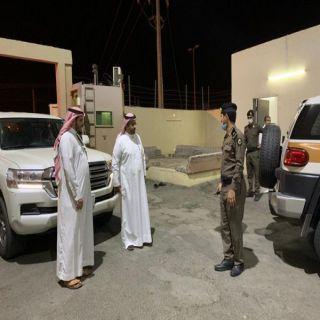 بالصور -مُحافظ #بارق يتفقد القطاعات الأمنية والصحية في المُحافظة