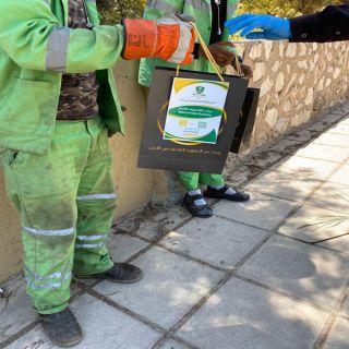 نادي الطلبة السعودي في عمان يوزع ١٥٠ كيس هدايا وأدوات السلامة الصحية