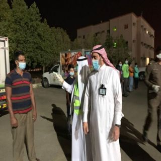 البناوي يُرافقه رئيس بلدية #بارق يشرف على أعمال لجنة حصر وتقييم مساكن العمال