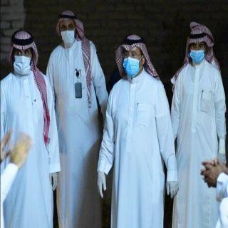 مُحافظ #المجاردة يُرافق الفريق الصحي والأمني في عملية المسح الشامل بأحد ثربان