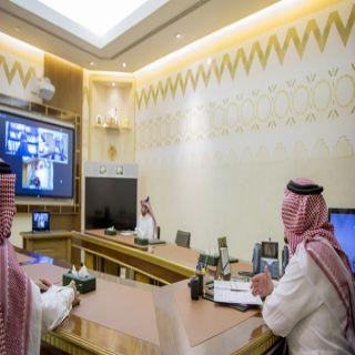 عن بُعد أمير القصيم يشهد توقيع اتفاقية بين اللجنة النسائية والتجمع الصحي بالمنطقة