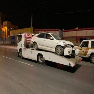 بالصور - بلدية #بحر أبو سكينة تواصل جهود رفع المركبات التالفة