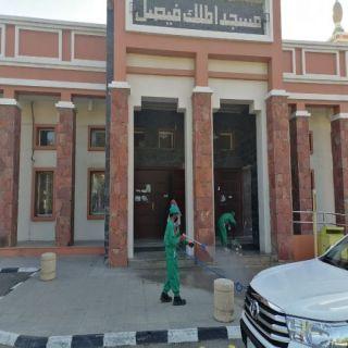 #أمانة_عسير تعقم المساجد استعدادًا لصلاة الجمعة والجماعة